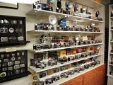 上車無望,不如用 30 萬搞相機博物館!