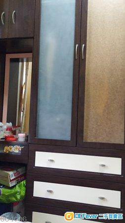 出售 衣柜连梳妆台