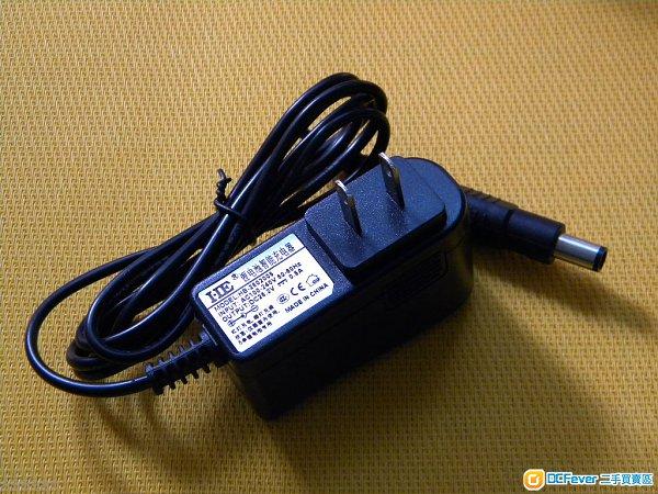 5a dc   充满电后自动停充   led指示灯:红灯表示充电中,绿灯表示完成